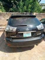 Very clean and neatly used Lexus Rx 330 for sale. 2.8m negotiable