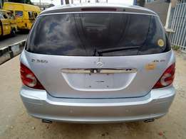 Super clean Mercedes-Benz 2007 R 350 model Lagos cleared new