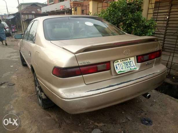 Toyota Camry Tiny Light for sale Mushin - image 2