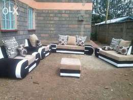 It's a five seater beautyfull designed, with a lazy seat nd a puff
