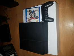 Ps4 with 1controller and 1game
