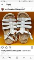 Children U.S foot wears neatly used it is neat and strong
