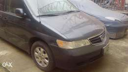 Honda Odyssey 2005 model just a year used just like toks for fast sell