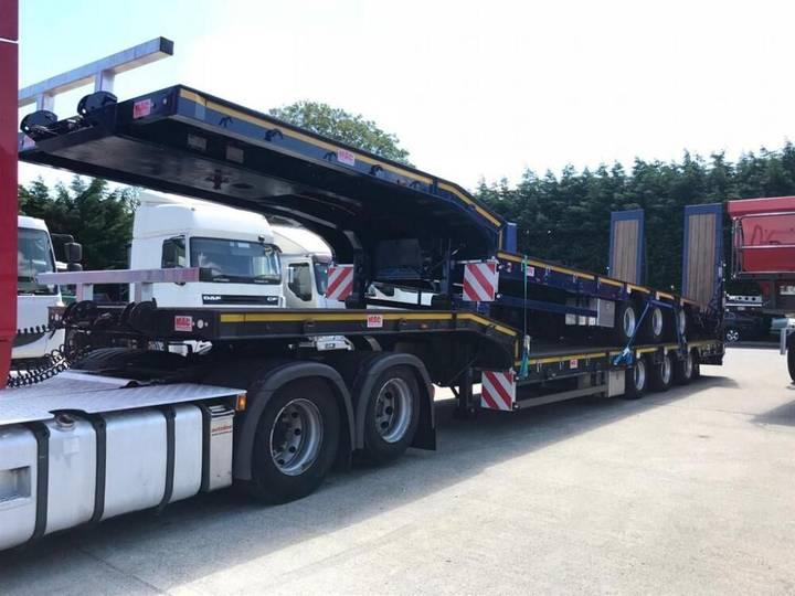MAC Low Loader low bed semi-trailer