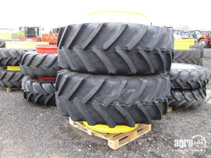 BKT New Twin Wheel Set 710/70r42 , 1 Pair