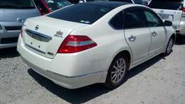 New Nissan Teanna on sale Pearl white in colour kck ,moonlight roof