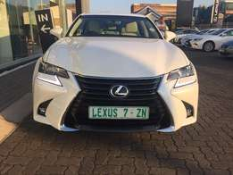 2016 LEXUS GS200t, White with 10500km