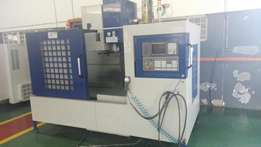 CNC Milling Machine, Price dropped for quick sale.