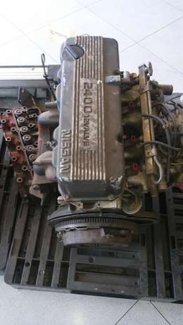 Nissan Hardbody 2.4 12 valve Head+Block+Sump for Sale Johannesburg - image 2