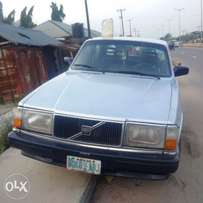 clean Volvo 244 GlE for sale