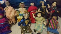 Small Porcelin dolls