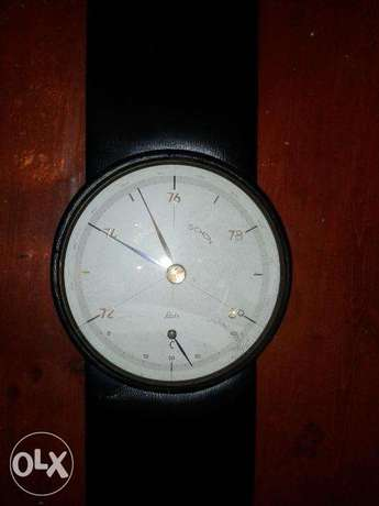 barometer + thermometer hand watch shape german leather wall mountable