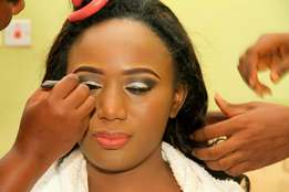 Call make up artist For your weddings, birthdays