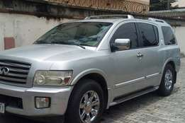 Infiniti QX56 Extremely Clean