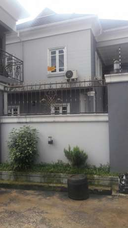 CLASSY 3 Bedroom Flat with the best interior&exter. in Peter Odili PH Port-Harcourt - image 3