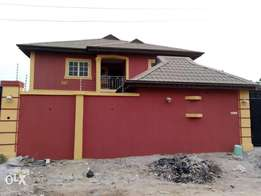 Freshly finished Mini Flat TO-LET In Banjoko Ogidi Estate off Ijede rd