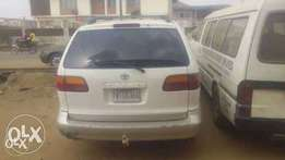 A very nice Toyota Sienna firstbody is available for sale