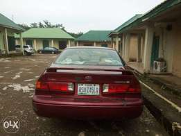 First body Toyota Camry, with AC, GPRS, new tires, nest interior