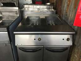 Deep fryer/double tank/gas powered, commercial uk made