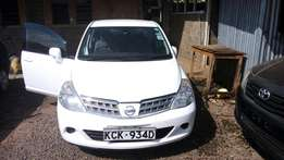 Nissan tiida lation