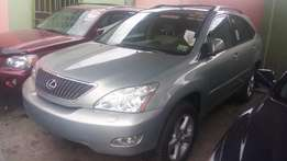 Tokunbo Lexus Rx330 / 2004 in a very good condition