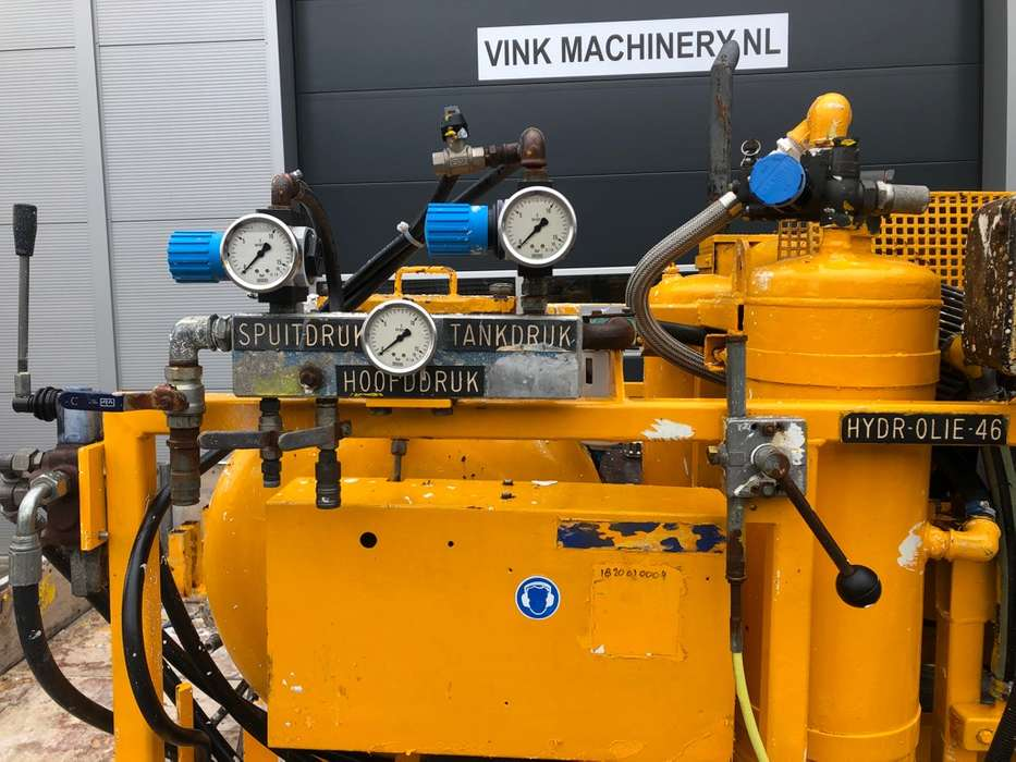 Hoffmann Wegmarkering machine - image 7