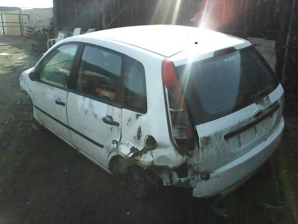 '05 Ford Fiesta 1.4 arrived today. We're stripping for parts! Empangeni - image 1