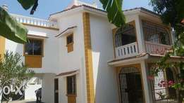 modern spacious 3 bedroom mansion on 1/8 acre plot for rental in nyali