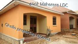Luxury double in Makerere LDC at 400k