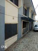 3bed rooms flat relatively new house at elewura str,challenge ibadan.