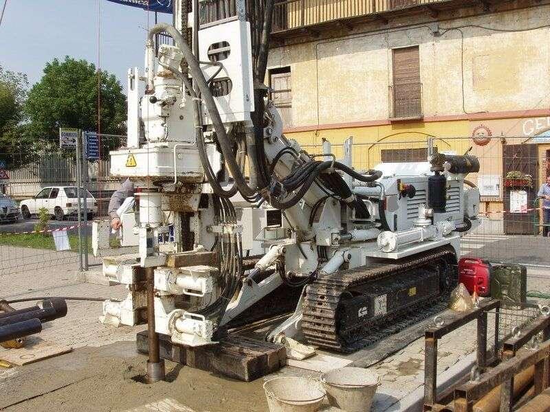 CMV Model MK 600 D drilling rig - 2004 de vânzare | Tradus