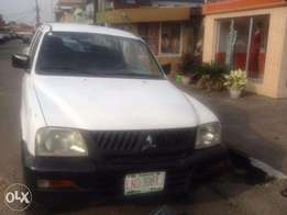 2000 Mitsubishi L200 Registered (Published By G.S.M)