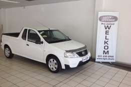 Nissan Np 200 with warrenty and service plan