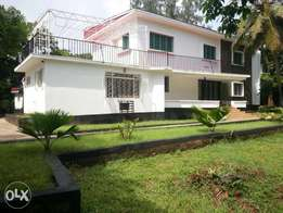 Spacious 4br own comp.rental villa with dsq in secure old Nyali Msa