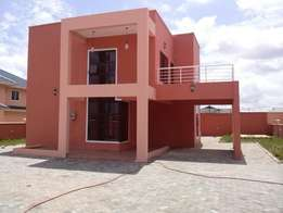 New House for Rent - Community 25, Tema