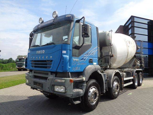 Iveco Trakker 350 Mixer / 8x4 / Manual / Full Steel / 10M3 - 2006