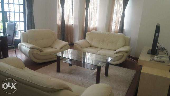 2 bedroom fully furnished and serviced apartment for let 150000 Nairobi CBD - image 4