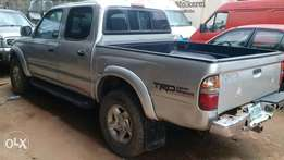 Toyota Tacoma Double Cabin 4WD Truck
