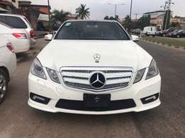 Super Clean White 2011 Mercedes Benz E350 4MATIC
