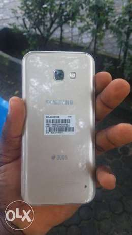 1 month old Samsung galaxy A5 2017 for sale Abali - image 1