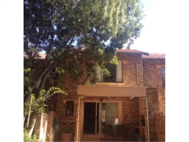 3 bedroom townhouse for sale Centurion - image 5