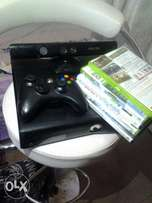 Xbox 360 with all its accessories and game cds