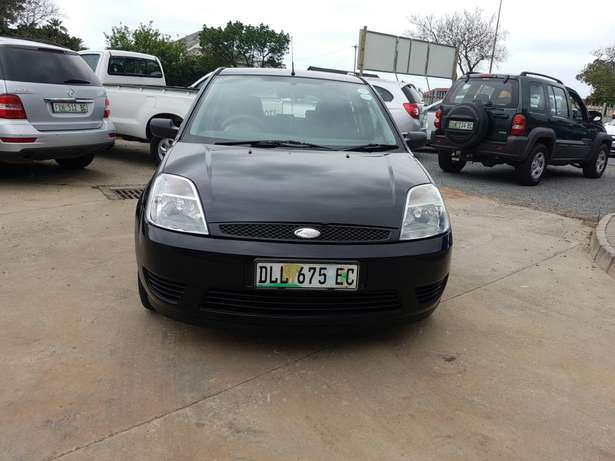 2005 Ford Fiesta 1.4i 5Dr East London - image 3