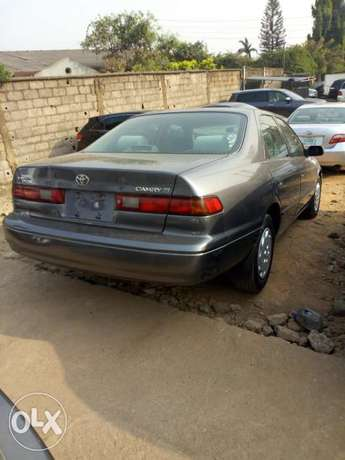 Toyota Camry Tiny Light 99Model Very Clean Lagos Clear Perfectly Drive Ikeja - image 2