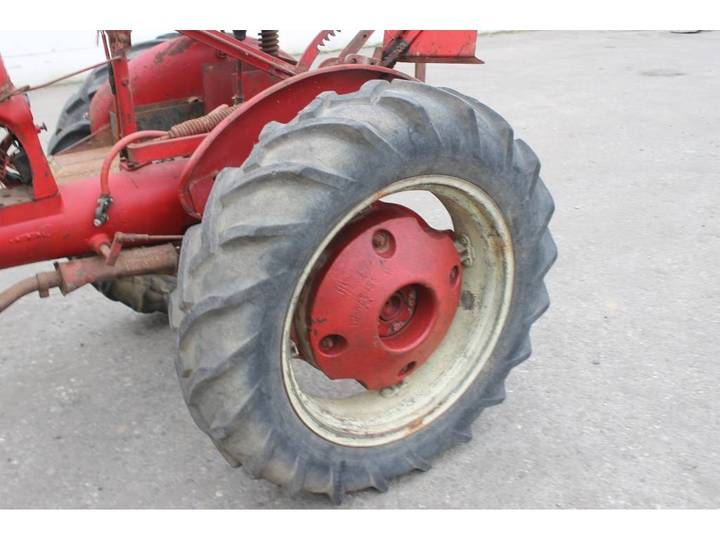 McCormick International Farmall FF Cup Tractor *DEFECT* - image 10