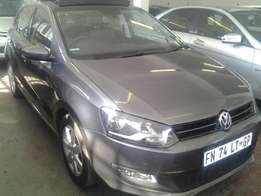2013 polo 6 1.4 comfort line sunroof with 74000km available for sale