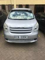 Toyota Noah new shape yom 2007 1.8cc 7seat accident free buy and drive
