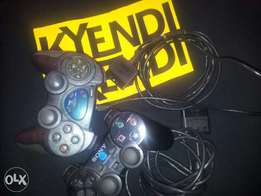 PlayStation2 pads