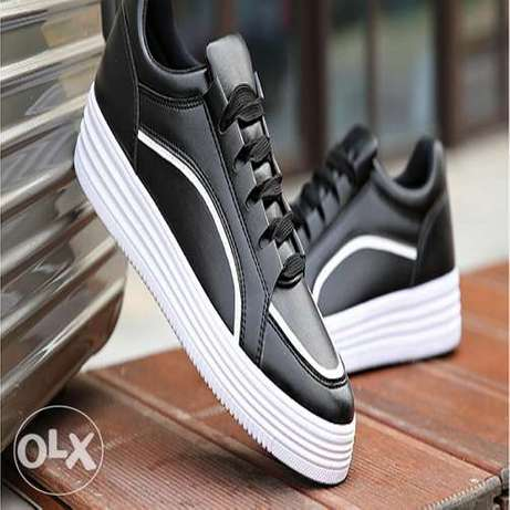 New Style Breathable Men Sneakers - Black Ikorodu - image 3