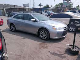 2015 Toyota Camry XLE (Foreign Used)